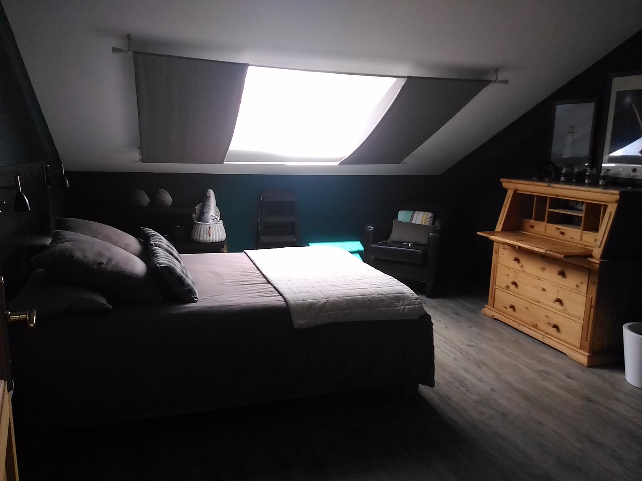 Chambre mansardée - Dedans Dehors Décoration, Metz et environs